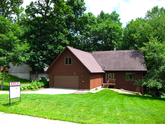 1417 Eastview Dr, Coralville, Iowa